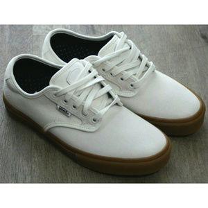 Vans Mens Chima Ferguson Sneakers Size 6.5 NWOB